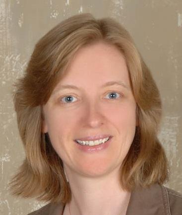Amanda Kaiser Headshot Summit